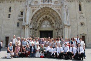 Svi zajedno ispred zagrebačke katedrale